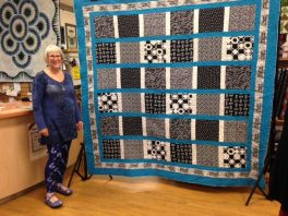margaret-mitchell-black-white-and-aqua-quilt